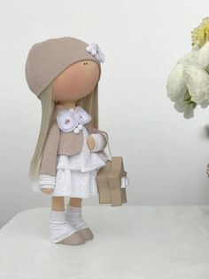 Handmade doll Stoffpuppe Poupée Tilda doll Fabric doll Textile
