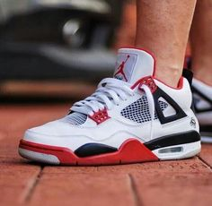 Best Sneakers, Sneakers Fashion, Shoes Sneakers, Kicks Shoes, Summer Sneakers, Nike Air Jordan 5, Air Jordan Sneakers, Cute Shoes, Me Too Shoes