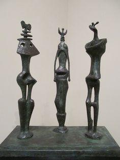 Henry Moore. Three Standing Figures, 1953. Bronze