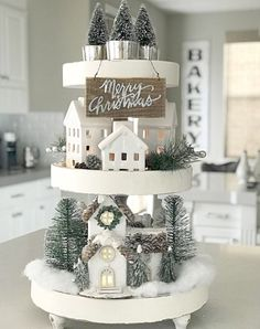 Looking for for images for farmhouse christmas decor? Check out the post right here for unique farmhouse christmas decor pictures. This farmhouse christmas decor ideas seems completely wonderful. Farmhouse Christmas Decor, Christmas Kitchen, Rustic Christmas, White Christmas, Christmas Home, Christmas Crafts, Christmas Ideas, Christmas Island, Christmas Vacation