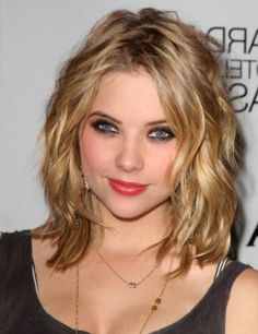 oval face wavy hair shoulder length hairstyles - Google Search
