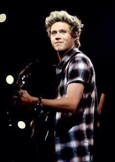 Niall Horan performing at the iheartradio festival in Vegas 9.20.14