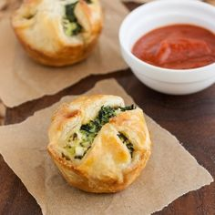 Spinach and Feta Puff Pastry Bites: a great make-ahead appetizer option for Thanksgiving!
