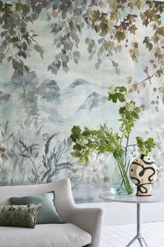 New Designers Guild collections coming soon ! Bold Wallpaper, Wallpaper Panels, Print Wallpaper, Fabric Wallpaper, Designers Guild Wallpaper, Designer Wallpaper, Chinoiserie, Feng Shui, Living Room Remodel