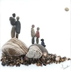 Pebble picture pebble art mother's day gift dog art family – My CMS Pebble Pictures, Stone Pictures, Art Pictures, Stone Crafts, Rock Crafts, Images D'art, Art Pierre, Pebble Art Family, Personalized Family Gifts