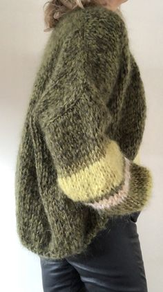 Unique Outfits, Fall Outfits, Pullover Mode, Knit Crochet, Crochet Sweaters, Mohair Sweater, Knitting Designs, Sweater Fashion, Sweater Weather