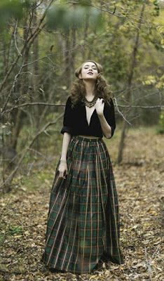Skirt Outfits – Page 6898461013 – Lady Dress Designs Mode Outfits, Skirt Outfits, Dress Skirt, Dress Up, Tartan Skirt Outfit, Tartan Skirts, Long Plaid Skirt, Skirt Midi, Female Outfits