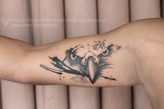 customize Tattoo Design  Eagle and Compass the person who love the traveling in ... - #Compass #customize #Design #Eagle #love #person #Tattoo #traveling