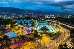 "Comunicación con imágenes en Instagram: ""Unidad deportiva Atanasio Girardot, Medellín, Colombia.  #city #urban #street #architecture #citylife #cityscape #cities #travel #instatravel #travelstyle #modern #explore #exploring #photooftheday #buildings #roadtrip #life #citylights #town #instalife #instagood #instadaily #cityphotography #oldtown #oldcity #architecturephotography #citycenter #citybestpics #cityview"""