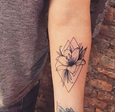 23 Pretty Lily Tattoo Ideas for Women Tattoo designs are often inspired by nature and flowers. One Pretty Lily Tattoo Ideas for Women Tattoo designs are often natural and . Sexy Tattoos, Cute Tattoos, Unique Tattoos, Body Art Tattoos, Small Tattoos, Sleeve Tattoos, Small Lily Tattoo, Lily Tattoo Sleeve, Awesome Tattoos