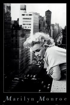 http://daniellenicole.hubpages.com/hub/Famous-Quotations-by-Marylin-Monroe