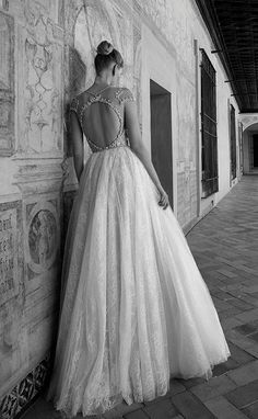 cap sleeve ballgown wedding dress with open circle back via alon livne / http://www.himisspuff.com/top-100-wedding-dresses-2017-from-top-designers/3/