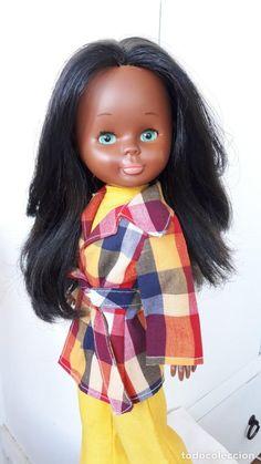 NANCY NEGRITA DE TOBILLO GORDITO TODA DE ORIGEN Doll Toys, Disney Princess, Disney Characters, Style, Fashion, Parts Of The Mass, Celebs, Hipster Stuff, Swag