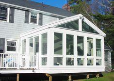 New England Sunroom by Sunspace Design, Inc. Back Porch Designs, Screened Porch Designs, Screened Porches, All Season Porch, 3 Season Room, Porch To Sunroom, Sunroom Ideas, Side Porch, Porch Ideas