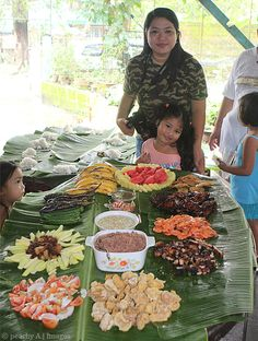 Typical filipino party foodfood coma my filipino ness the peach kitchen filipino recipes served in style this is how filipino party forumfinder Choice Image