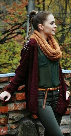 Fall fashion maxi bordeaux cardigan green blouse shirt studded black pants beige scarf