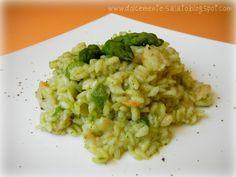 Risotto al pesto con asparagi, gamberetti e pepe verde