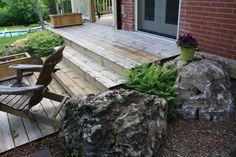 Harmonious: Rustic de Rigueur Moss Garden, Landscape Design, Grass, Patio, Rustic, Architecture, Outdoor Decor, Modern, Home Decor