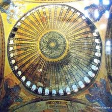 #IstanbulPrivateTours and #IstanbulCruiseShipShoreExcursions | Archaeologous.com Itinerary: Grand Bazaar, Istanbul Hamam Cemberlitas - Turkish Bath with massage, Time for Turkish lunch and Topkapi Palace.#BucketListPlaces #Hamams&Shopping