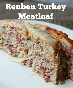 Reuben Turkey Meatloaf – Organize Yourself Skinny Reuben Turkey Meatloaf. All the flavors of a Reuben sandwich mixed into a delicious healthy meatloaf recipe. This is a perfect recipe for St. Patty's day. Easy Healthy Meatloaf Recipe, Meat Loaf Recipe Easy, Meatloaf Recipes, Reuben Sandwich, Meatloaf Sandwich, Turkey Recipes, Beef Recipes, Cooking Recipes, Chicken