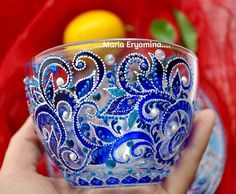 Ideas For Decor Painting Website Glass Painting Designs, Dot Art Painting, Pottery Painting, Ceramic Painting, Glass Bottle Crafts, Bottle Art, Bottles And Jars, Glass Bottles, Stained Glass Paint