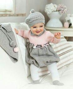 Our little girl clothing & baby outfits are super lovely. Winter Baby Clothes, Winter Outfits For Girls, Baby Girl Winter, Outfits With Hats, Cute Baby Clothes, Cute Newborn Baby Girl, Cute Baby Girl Outfits, Cute Babies, Newborn Baby Girl Dresses