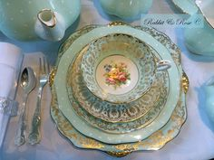 Polka dot and peppermint vintage fine bone china to delight and enjoy! (720×540)