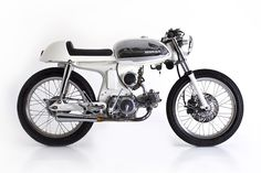 Honda S90 Cafe Racer by Deus Ex Machina