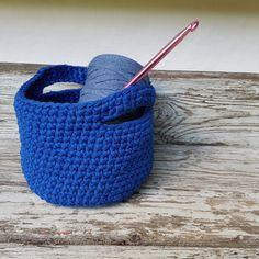 Nem hæklet kurv - Gratis hækleopskrift - By Grarup Straw Bag, Diy And Crafts, Baby Shoes, Crafty, Kids, Inspiration, Annie, Crocheting, Blog