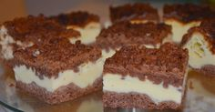 Brownie Bombs - cheesecake-y later in the middle and chocolate chunks added to the top layer. Brownie Cheesecake Bites, Chocolate Cheesecake Brownies, Cream Cheese Brownies, Brownie Bar, Brownie Heaven, Brownie Cookies, Bar Cookies, Layered Desserts, Just Desserts