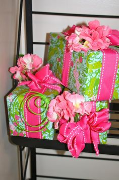 Wrap it up!  #LillyHoliday