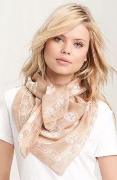 am scarf!
