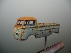 Fine rusting effects