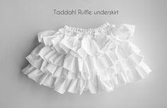"""DIY Sewing """"Taddah Ruffle Underskirt"""""""