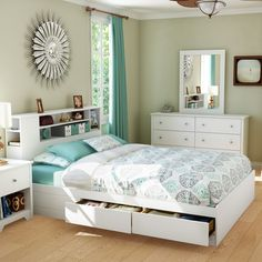 Vito 4 PC Bedroom Set in White - The white bedroom furniture. The green curtains. The set includes Queen Mates bed, dresser, mirror, and coo. Diy Platform Bed, Modern Platform Bed, Queen Platform Bed, Bedroom Furniture, Bedroom Decor, White Furniture, Design Bedroom, Furniture Sets, Ikea Bedroom