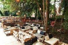 Cocktailbar & restaurant Josephine's on tour - Actief Wonen Fast Furniture, Cheap Patio Furniture, Urban Furniture, Outdoor Furniture Sets, Furniture Movers, Ikea Furniture, Metal Furniture, Luxury Furniture, Outdoor Cafe