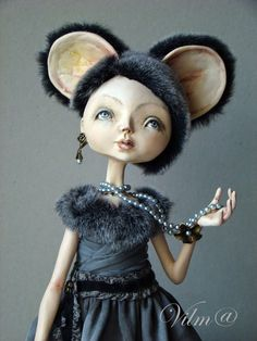Shop for art dolls on Etsy, the place to express your creativity through the buying and selling of handmade and vintage goods. Bjd, Doll Museum, Blythe Dolls, Dolls Dolls, Fairy Dolls, Mouse Costume, Guys And Dolls, Doll Repaint, Clay Dolls