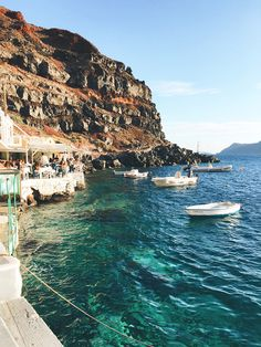 Travel diary: greece honeymoon to santorini & athens livvyland. Greece Honeymoon, Voyage Europe, Beautiful Places To Travel, Romantic Travel, Romantic Vacations, Travel Aesthetic, Adventure Aesthetic, Beach Aesthetic, Future Travel