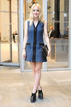 Fashion Tips For Women Jewelry Ellie Fanning, Fanning Sisters, Dakota Fanning Style, Chic Outfits, Fashion Outfits, Gamine Outfits, Uk Fashion, Womens Fashion, Fashion Design