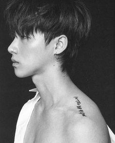 "JAY tattoo ""In the lap of God"" Btob, K Pop, Ikon Member, Kim Jinhwan, Ikon Kpop, Ikon Debut, Cute Korean Boys, Korean Guys, Korean Idols"