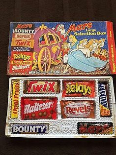 Vintage Mars selection box circa 1983 , do you remember the Relays? Oh and the thought of eating it all ahead of you Old Sweets, Vintage Sweets, Retro Sweets, Vintage Toys, Retro Food, 1980s Christmas, Christmas Past, Vintage Christmas, Christmas Shopping