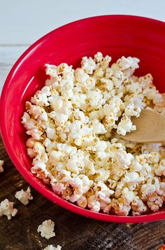 Kettle Corn -  1/4 cup vegetable oil  1 teaspoon salt  1/4 cup granulated sugar  1/2 cup yellow popping kernels