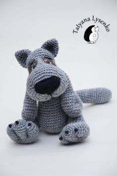 Pdf file in English language. wolf is very easy to crochet! For toys, I used acrylic yarn gray 200m 100g, hook number 2.5  Height 25 cm of the