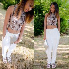 Fashion blogger Tamara in the white sliders Style Code:19918 #ShoeZone #fashion #style #fbloggeruk #blogger #fblogger