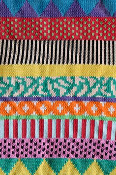 Knit Inspiration: Annie Larson Love the colors, the patterns,... - DudesThatKnit