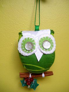 Little green festive owl ornament by PantoufledeVerre on Etsy, $24.00