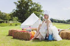 PHOTO SHOOT for Festival Brides Blog with Mavric Photography June 2012  © Mavric Photography  www.thehousemeadow.co.uk