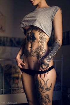 These inked babes have made their #Gorgeous bodies into a #Beautiful art canvas!