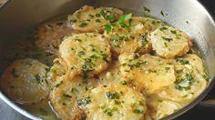 Cocina Patatas a la importancia y sorprende a familia e invitados con este plato tan tradicional dentro de la cocina española