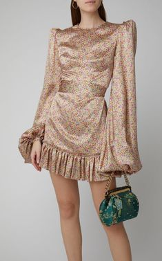 Satin Mini Dress, Satin Dresses, Elegant Dresses, Beautiful Dresses, Flapper Dresses, Look Fashion, High Fashion, Fashion Design, Gothic Fashion